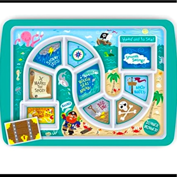 NWT. Fred's dinner winner food tray/plate for kids